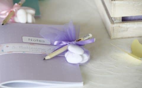 bomboniera block-notes con confetti e matita personalizzata
